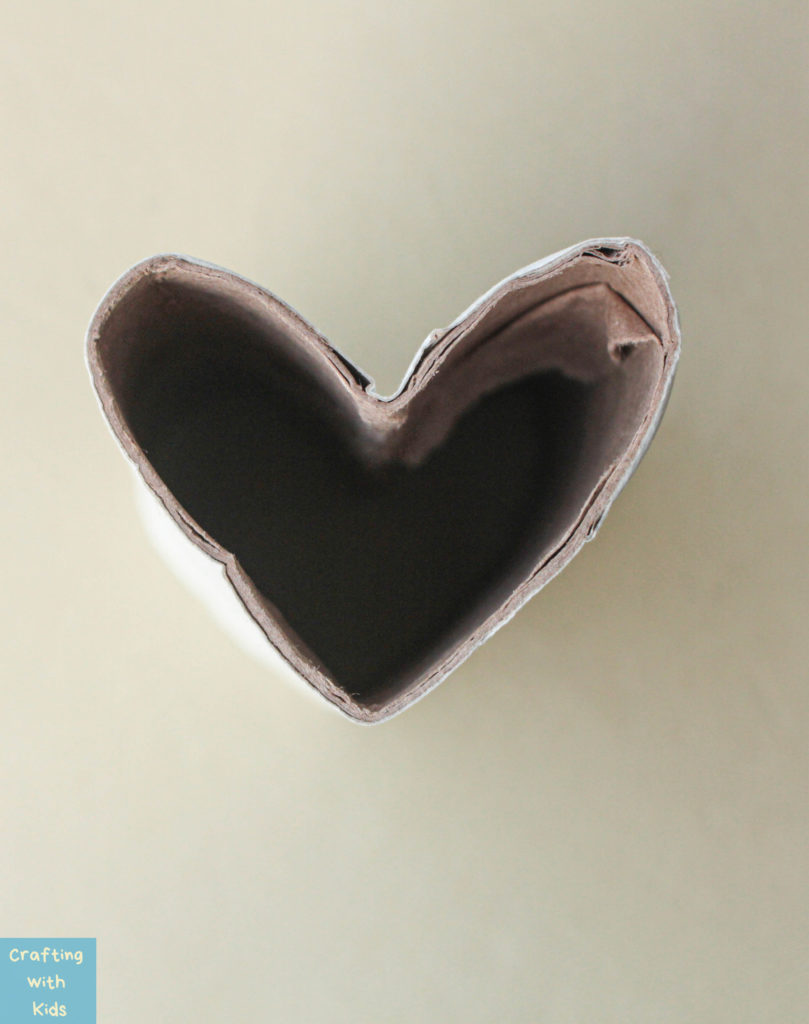 toilet paper roll heart stamp