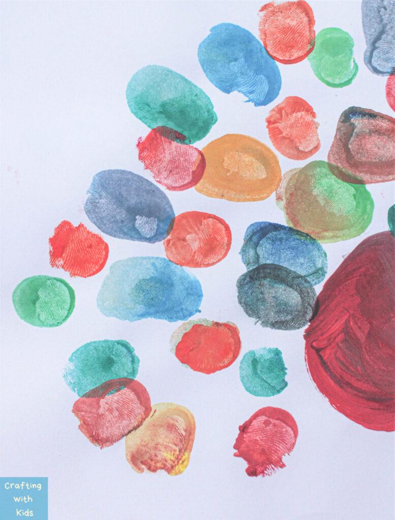 using thumbprints for Turkey art