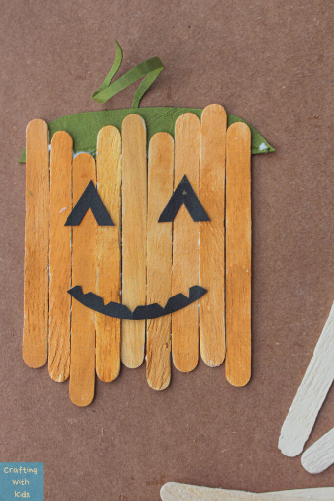 popsicle stick pumpkin craft for fall