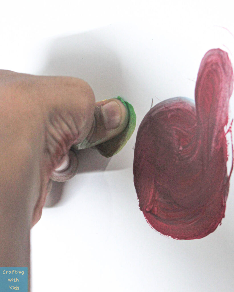 creating Turkey art from a handprint